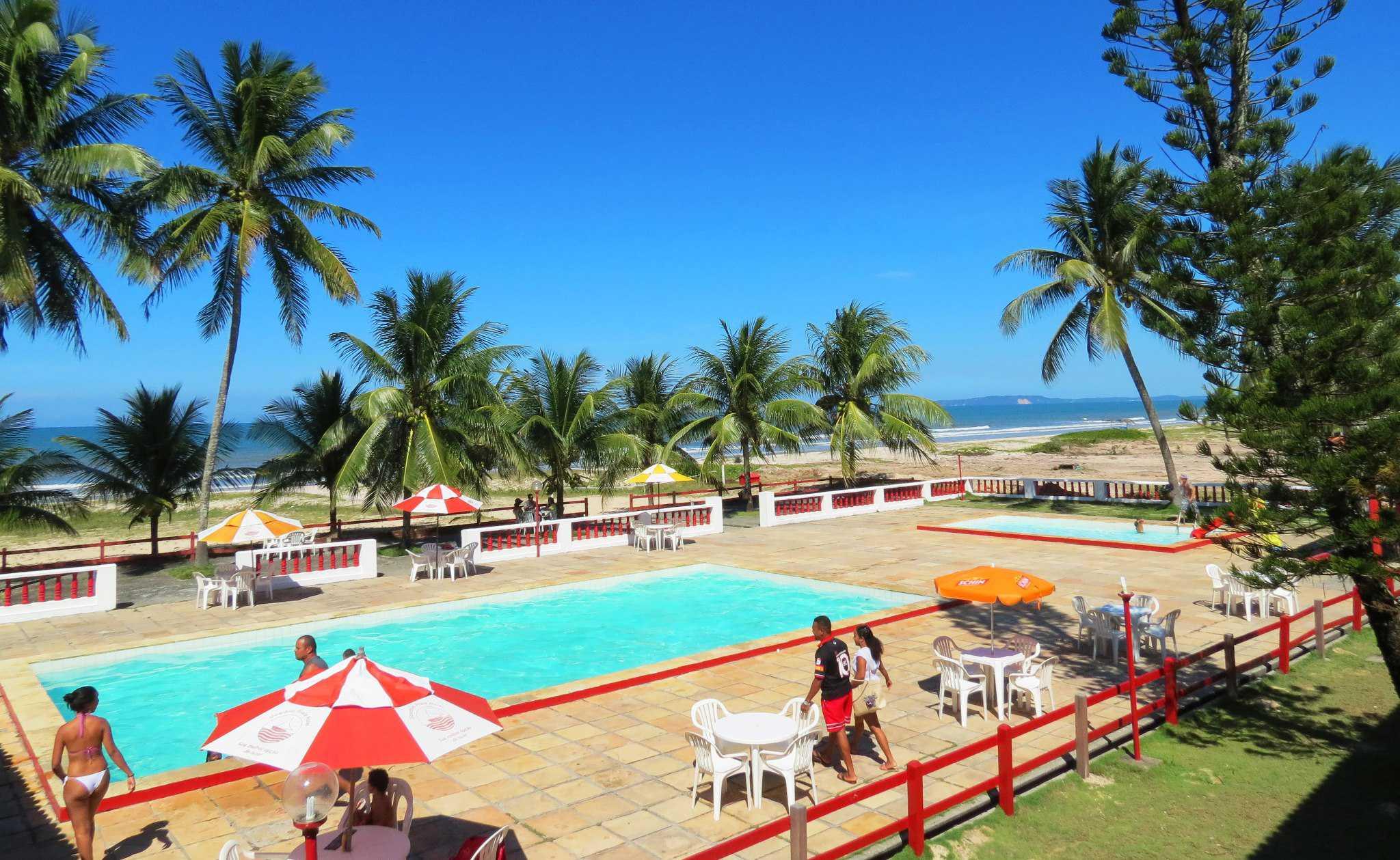 Hotel em Frente a Praia de Guaibim. Com Piscina, Quadra de Areia e Salão de Jogos