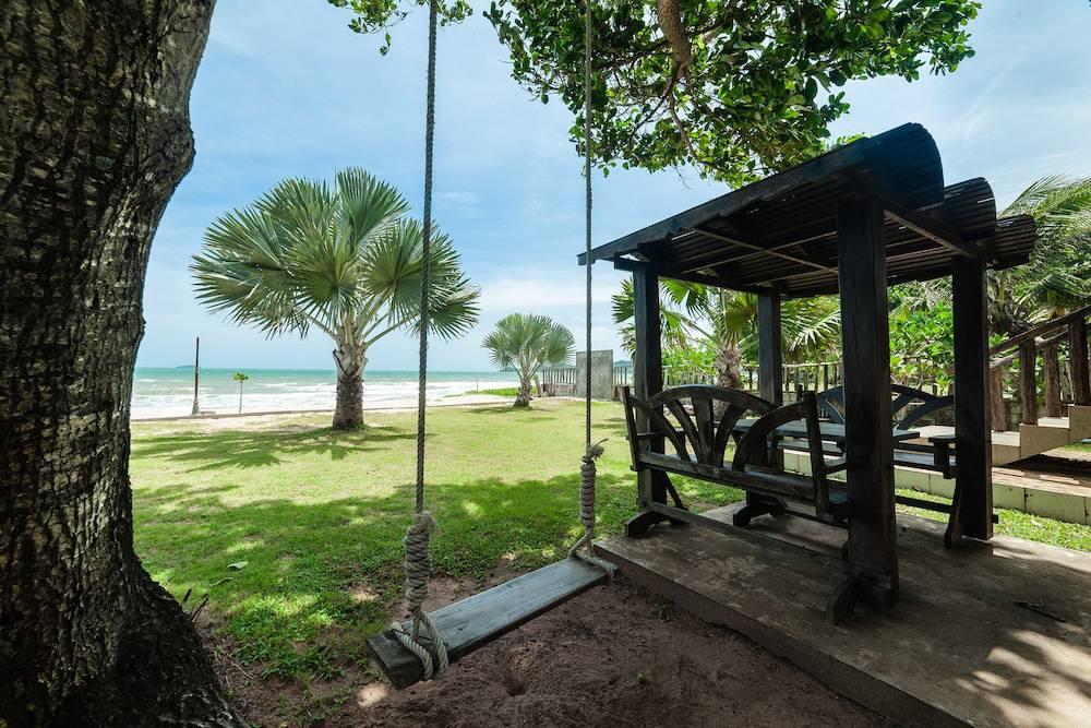 Baanboonpetch Resort