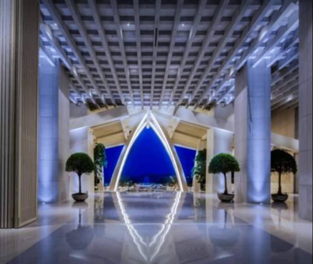 The Mangrove Resort Hotel Sanya