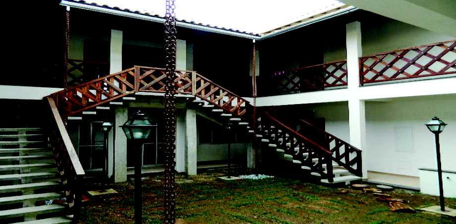 Pousada com excelente infra estrutura localizada no centro da cidade mística de São Tomé das Letras com café da manhã incluso