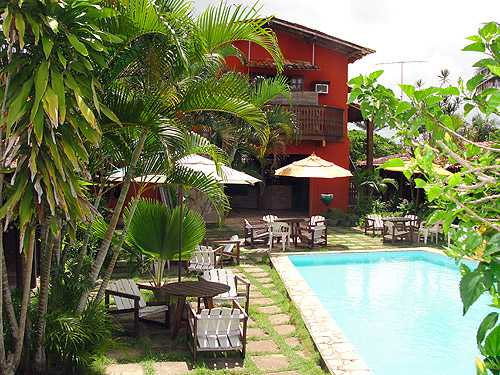 Hotel Localizado a apenas 150 m da Praia de Guaibim.  Com Café da Manhã, Piscina e Bar